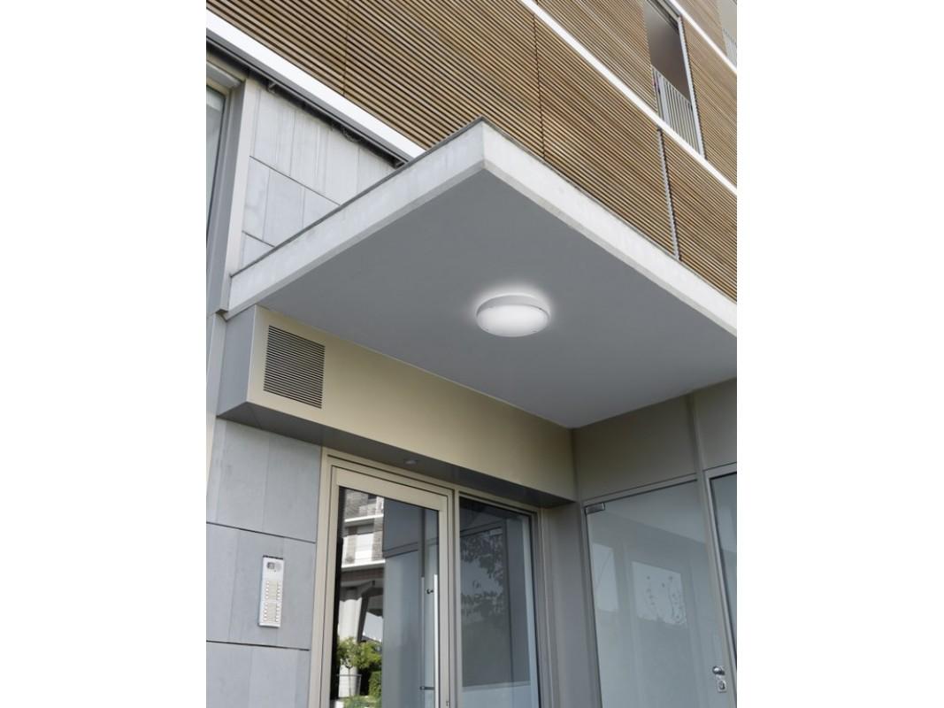 Juvi iluminaci n plaf n de techo exterior blanco leds c4 - Lamparas iluminacion exterior ...